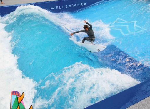 Berlins erste Surfwelle